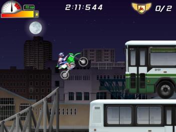 تصویری از م�یط بازی موتور کراس